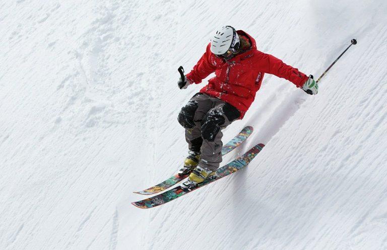 香港外出滑雪應該如何購買用品?
